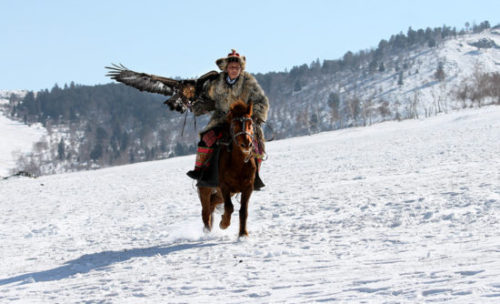 golden-eagle-hunter