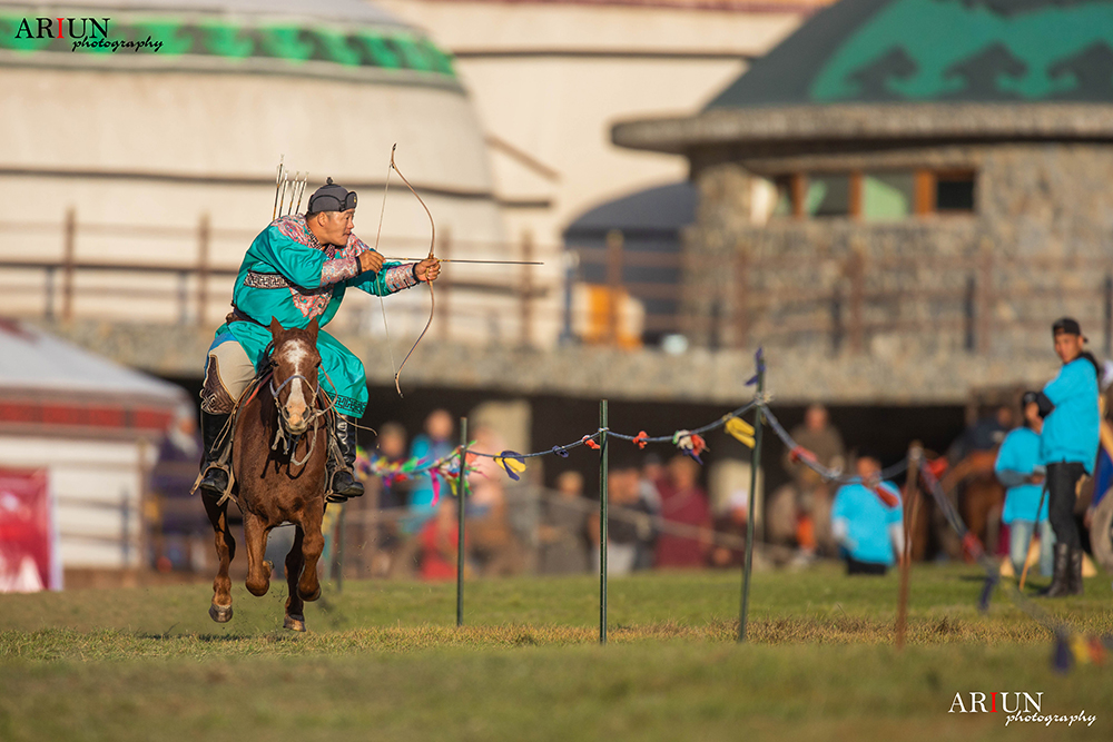 Horse Archery Competition Mongolia1