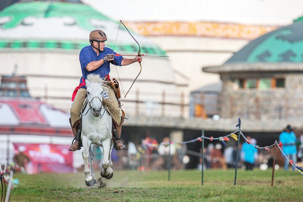 Horse Archery Competition Mongolia3