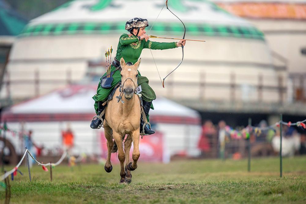 Horse archery tour traveler