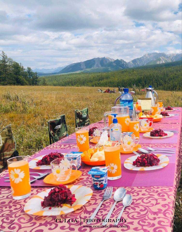 camp lunch with Nomadic Trails chef