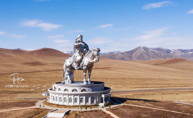 Chinggis Khaan Statue complex at Tsonjin Boldog