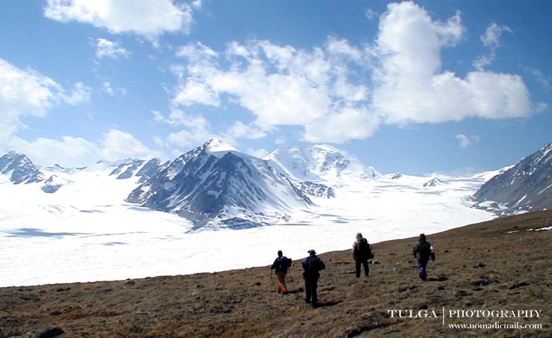 trekking to altai tavan bogd national park