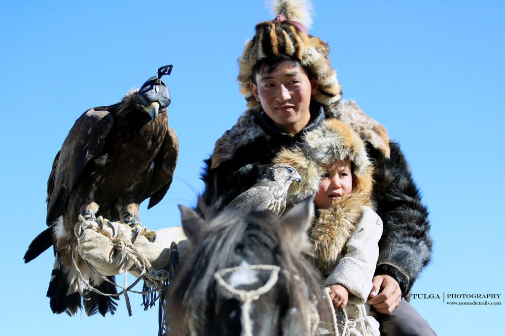 Eagle Hunter brothers | Golden Eagle Festival Mongolia - Most necessary information - Nomadic Trails