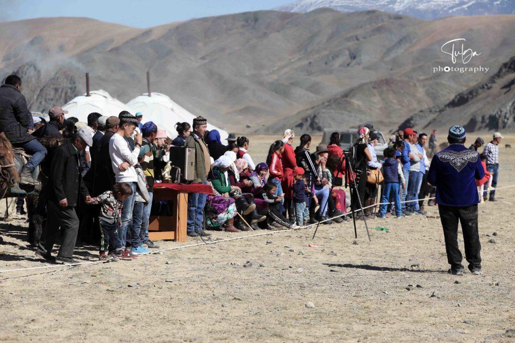 Local Golden Eagle Festival Crowd | Golden Eagle Festival Mongolia - Most necessary information - Nomadic Trails