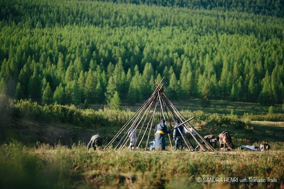 building tee pee nomadic culture of Reindeer people | Mongolia in my Camera - An inspiring travel blog about Dukha people in Mongolia - Nomadic Trails