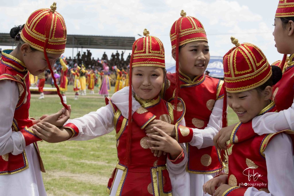 dancer girls at Naadam Festvial Mongolia