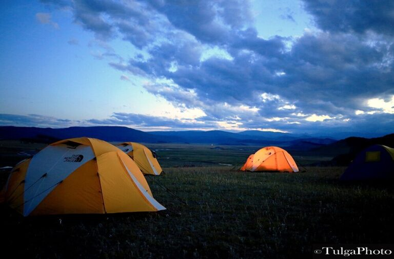 Tented camping on Adventure tours in Mongolia